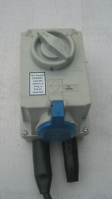 Blue 240v 16 Amp site Extension Wall mountable Switched Isolator Junction Box