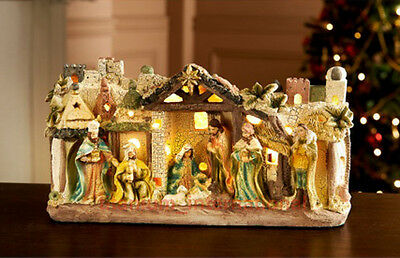 New Light Up Nativity Christmas Complete Set/Scene Festive Ornament Display