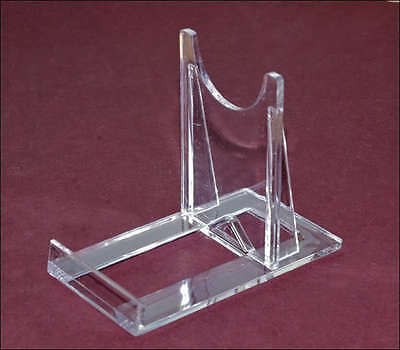 Lot of 50 acrylic two-piece display stands.