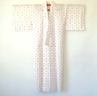 Vintage Japanese White Kimono Red Abstract Pattern H175