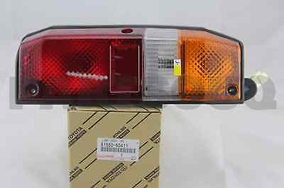 8155060411 Genuine Toyota LAMP ASSY, REAR COMBINATION, RH 81550-60411