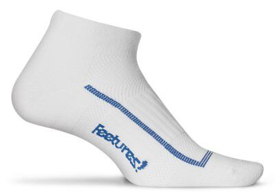 Feetures! High Performance Ultra Light Low Cut in Black, White