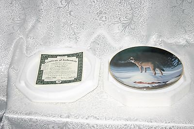 Bradford Exchange Plate #285A Solitary Hunter 1st Issue of the Winter Guardians
