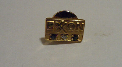 Exxon 20 Year Service Pin Solid 10K Gold Diamond and 2 Sapphires