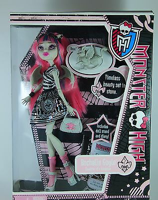 Monster High Doll 1st Wave Rochelle Goyle with pet New in Box