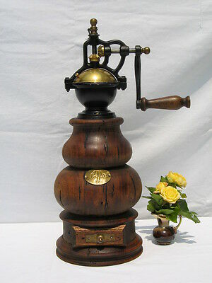 Alte XXL Italy Kaffeemühle Turmmühle Handmühle Coffee Grinder Mill moulin a cafe