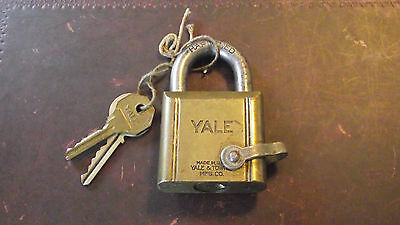 Genuine Vintage Old Antique Yale & Towne Brass Padlock & Keys Ordinance Departmt