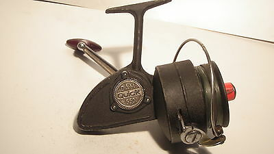 Vintage Quick 550 Spinning Reel