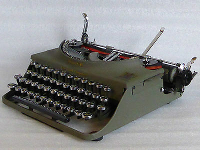 Scientific  Pi Square root Imperial Good Companion 1 typewriter Great condition