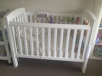Bertini Renaissance Cot/Toddler Bed in White