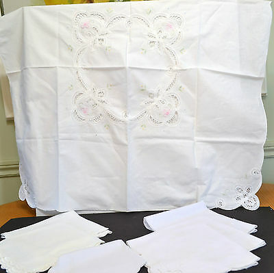 Vintage Tea Cloth And Assorted Napkins - Various Fabrics And Decorations
