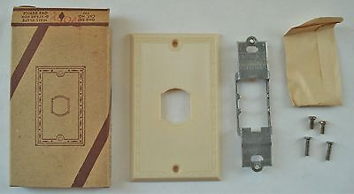 10 Vintage Leviton #771 Kwikchange Wall Switch Plate & Strap Kits Sets...NOS