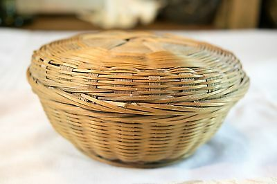 SMALL ROUND Vintage Chinese Sewing Trinket Dresser Vanity BASKET w/Original Labe