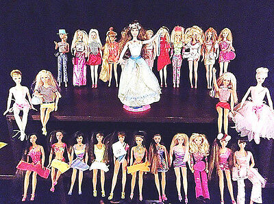 #3 Lot of 28 Barbie Dolls from 1976 to 2000 w/ Clothes Shoes & Many Extras