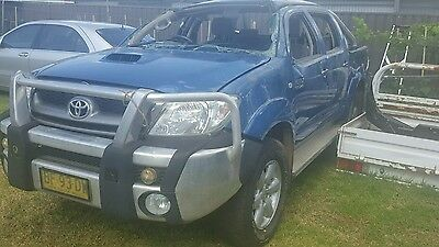 toyota hilux wrecking