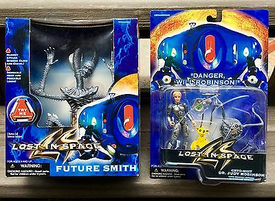 Lost In Space Movie Action Figure Set!