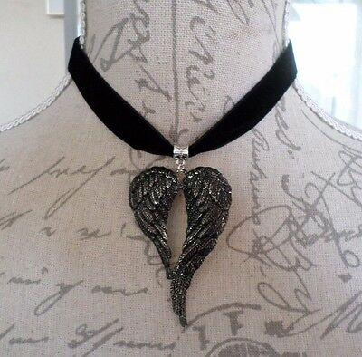 Distressed ANGEL WING HEART Black Velvet Choker Collar Necklace Victorian Gothic