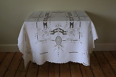 Large Vintage Linen Madeira Tablecloth Lace Floral Hand Embroidery Cut Work