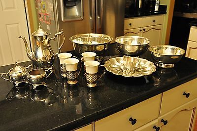 Absolutely beautiful lot of silverplated dishes - 15 pieces. VERY GOOD CONDITION