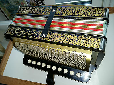 1930s BEAUTIFUL ANTIQUE HOHNER ACCORDIAN/MELODIAN, 2 STOP, STEEL REEDS,10 BUTTON