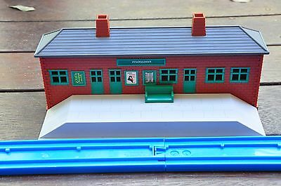 THOMAS the Tank Engine TOMY - Ffarquhar Station - Excellent condition