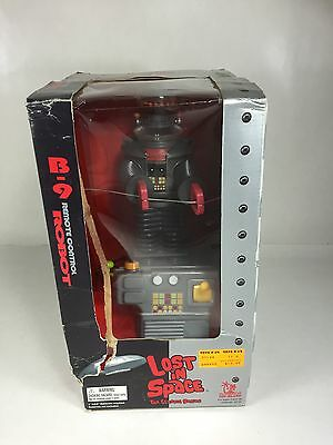 Lost In Space B-9 Remote Control Robot 1998 Classic Series  (BEAT UP BOX)