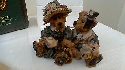Boyds Bears resin sculpture, Emma and Bailey...Afternoon Tea, No:2277