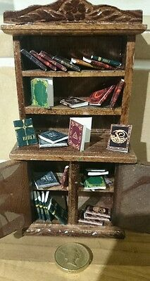 Stunning dolls house miniature Bibliophile collection of 30 books  1:12th scale