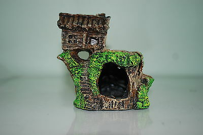 Aquarium Stump With Small House and Moss Effect Decoration 12 x 7 x 12 cms