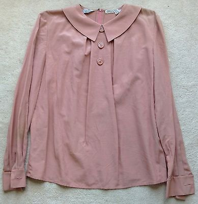 Valentino 1980s Peach Silk Blouse with Collar & Front Buttons, Zip at Back