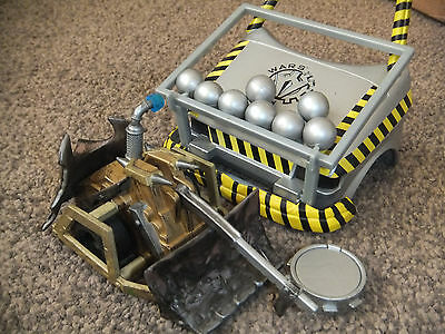 """Large 6"""" Pull N Go Robot Wars Shunt With Multi Ball Car Accessory - Mint"""