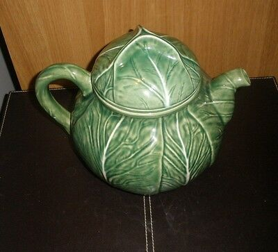 Bordallo Pineiro Green Cabbage Leaf Teapot Made in Portugal