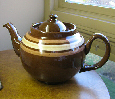 ALB Alcock Lindley Bloore Brown Betty Teapot Pottery England Ringed 4 Cup