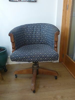 Rare Captain's-Office oak swivel chair