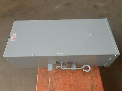 200 Amp NEW 2 pole 1 phase Manual double throw transfer Tc10324r ge