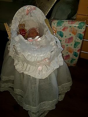 New Dolls reborn baby Moses basket + Stand doll and dolls changing mat Romany