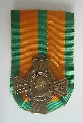 Dutch medal WW II Netherlands cross for war actions 1940 - 1945