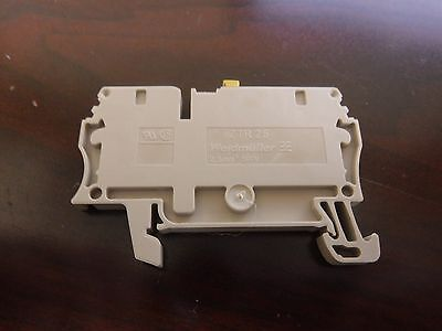 WEIDMULLER 1831280000  DIN Rail Mount Terminal Block, Fused, 2 Positions(T)