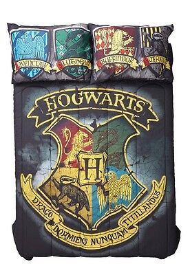 Harry Potter Hogwarts Houses Crest Full/Queen Comforter New In Package!