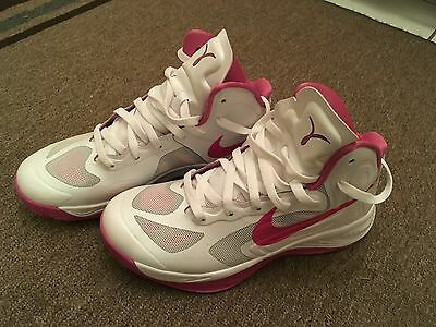 Nike Basketball Shoes Women (Breast Cancer Edition 525021) Size 8...RARE SHOE!