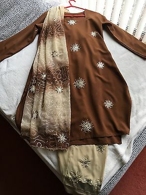 Ladies Beautiful Gold Brown Shalwar Kameez Bollywood Indian Dress Suit - Size 16