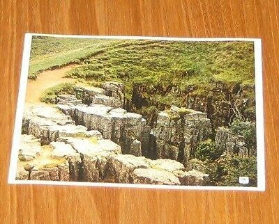 The Buttertubs Swaledale Yorkshire Postcard