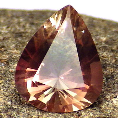 GREEN PINK COPPER OREGON SUNSTONE 2.07Ct FLAWLESS-FOR UNIQUE JEWELRY-READ-VIDEO