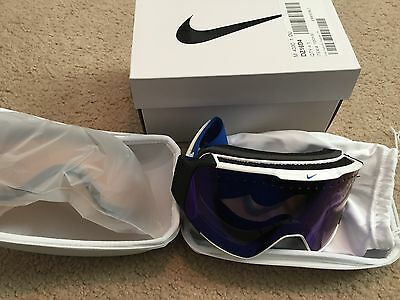New Nike Fade Snowboard Ski Goggles White/Game Royal/Silver Interchangeable Lens
