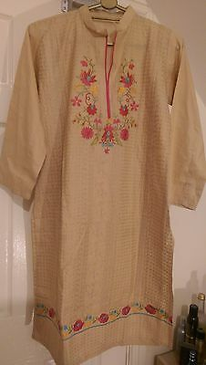 Pakistani shalwar kameez embroidered 3 pc