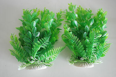 Aquarium 2 x Green Plastic Plants Approx 16cm High Suitable for All Aquariums