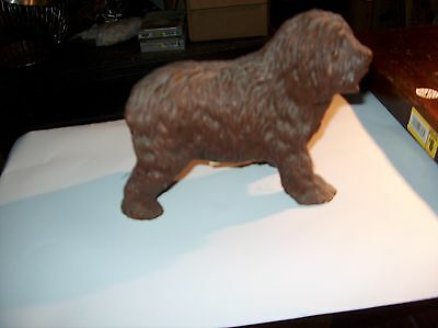 Old English Sheepdog statue Red Mills