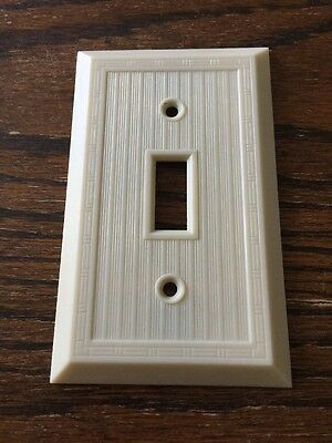 Vintage Ribbed Lines Ivory GE Switch Plate Cover Dashed Deco No. 1