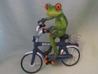 TREE FROG RIDING BICYCLE SPRINTER BASKET RESIN Fun Whimsical Sculpture