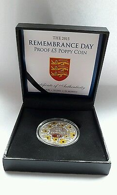 2015 Remembrance Day Proof £5 Gold Poppy Coin In Capsulated Box With COA 2827